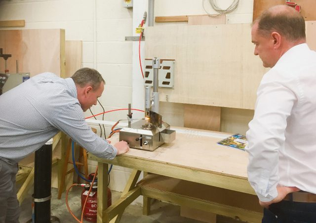 Agents using our OC ampoule sealing machine