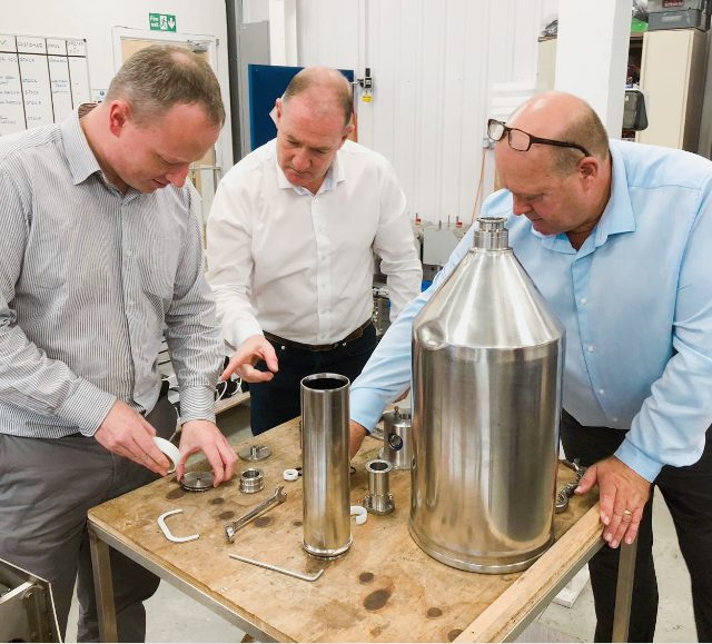 Agents seeing the inside of our Response benchtop volumetric liquid filling machine